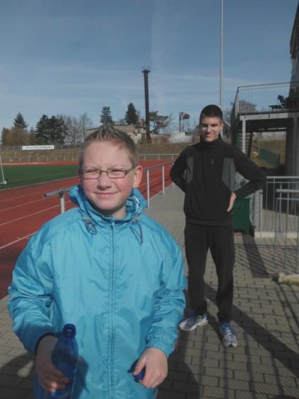 Nick (vorn) und Sören nach dem Lauf