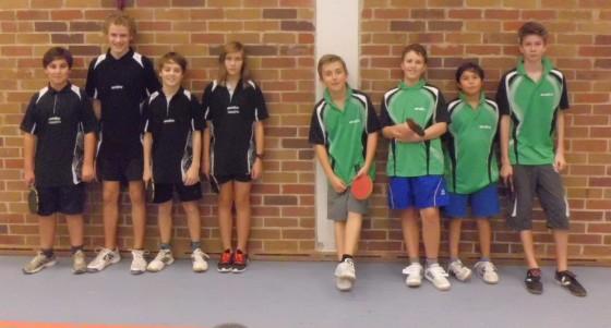 Tischtennis-Schülermannschaften aus Frankfurt und Woltersdorf