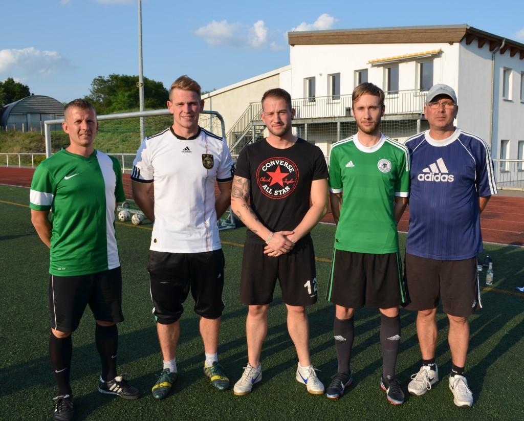 Unsere Neuen mit dem Trainerteam: Ronny Reimer, Mathias Baganz, Nico Welter, Marcel Richter, Thomas Meyer (v.l.)
