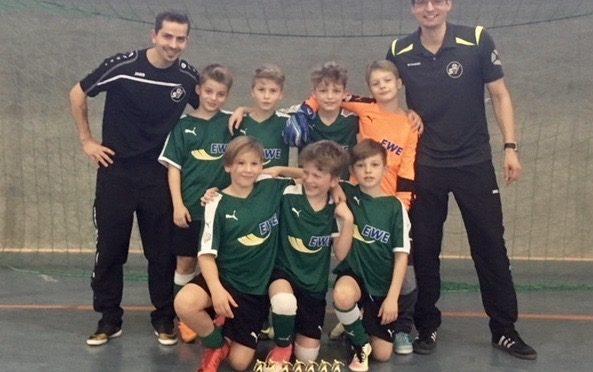 E-Junioren gewinnen souverän Hallen-Cup in Neutrebbin